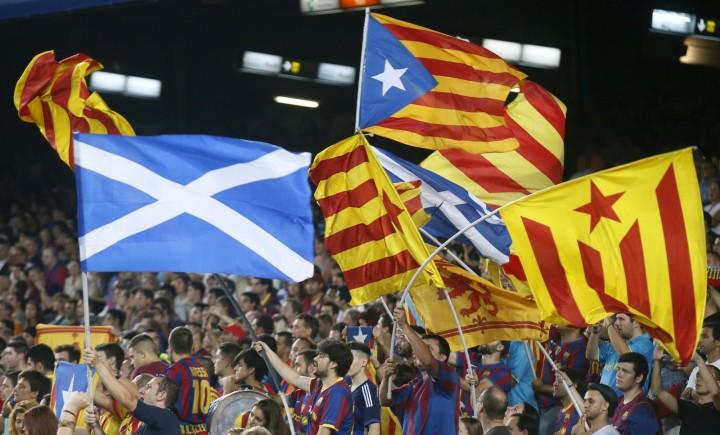 De strijd voor de Schotse onafhankelijkheid gaat hand in hand met die van de Catalanen. Ook Vlaanderen volgt in het kielzog van deze strijd.