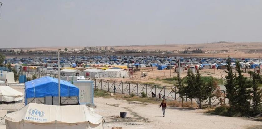 Families van IS-terroristen ontsnappen uit Syrisch opvangkamp